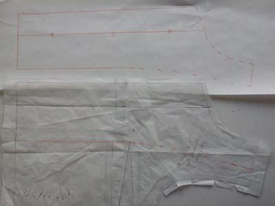 Tegn ind på forstykket, hvor du gerne vil have belægningen til at gå til. Det skal være ca. 8-10cm fra midt for - så bliver det som regel godt. Forstykket i denne jakke er bredt, fordi de yderste 5cm skal bukkes om på retten som en detalje.