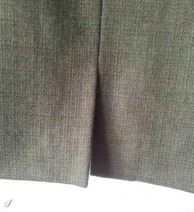 Slids i nederdel